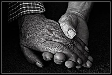 Hand in hand by SilverPK