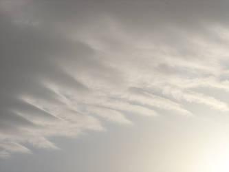 Undulating cloud by Naiyion