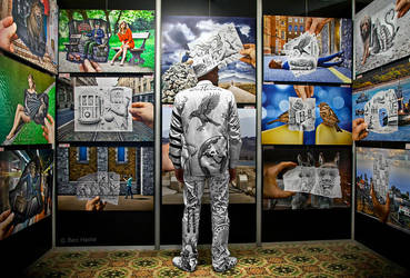 Customized Exhibition Uniform by BenHeine