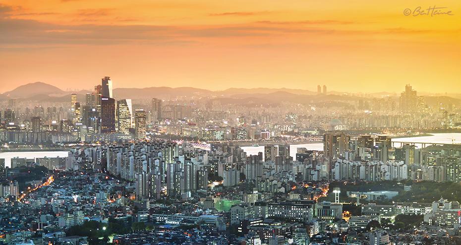 Seoul Panorama by BenHeine