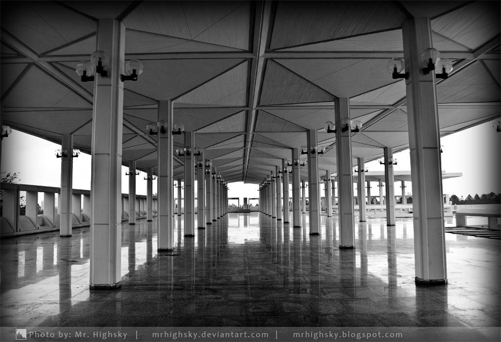 Corridor to Light by MrHighsky