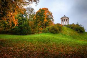 Munich Englischer Garten, Monopteros by alierturk
