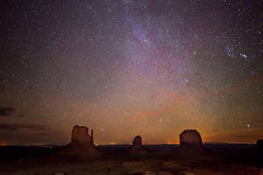 Monument Valley, Milky Way by alierturk