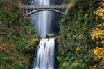 Multnomah Falls by alierturk