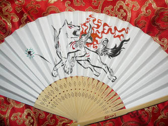 Okami - handpainted Paperfan by Ganjamira
