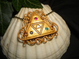 TLoZ: Heavenly Triforce - Necklace with real Gems by Ganjamira