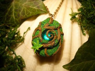 Forest Soul - handmade openable Medaillon by Ganjamira