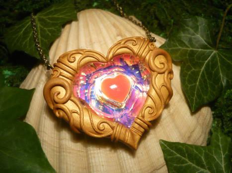 Zelda Heartpiece - handsculpted Pendant by Ganjamira