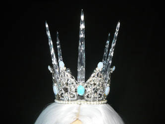 Snowqueen Crown with Icicles by Ganjamira