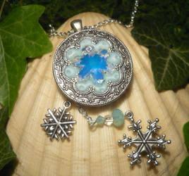 Frozen Heart - handmade Amulet by Ganjamira