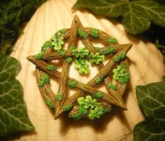 Pentacle of the Oak Druid by Ganjamira