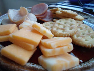 Cheese N Crackers by EpicHiroTheFixer