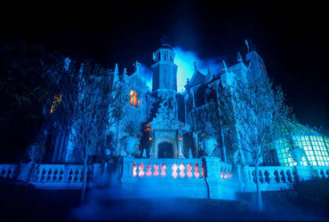 The Haunted Mansion WDW Pt. 1 by Poet515