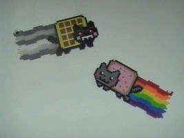 Nyan cat and Tac nayn perler by UnluckyPrincess