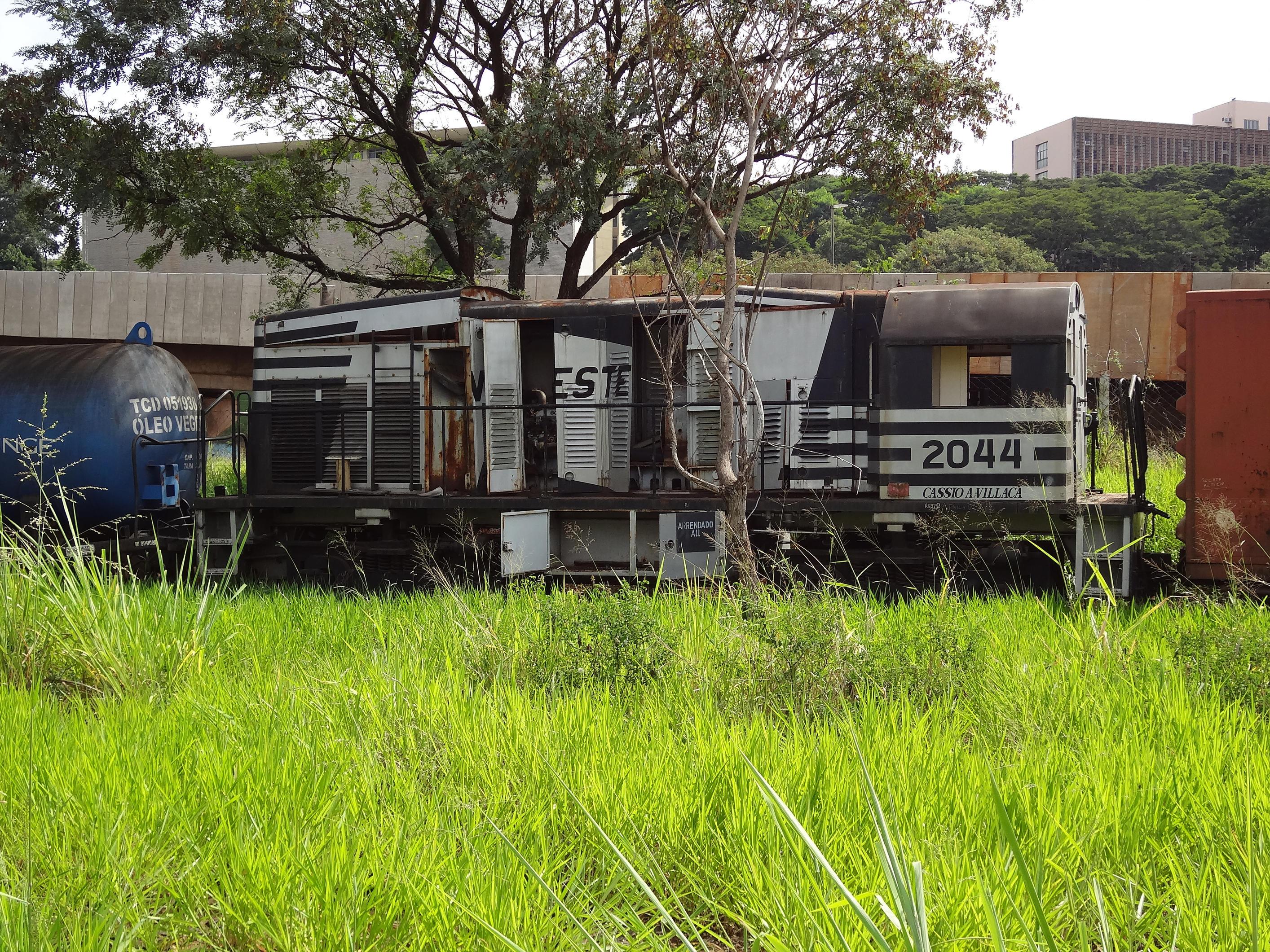 Abandoned U5B Ferrovia Novoeste S.A. by SD40-2