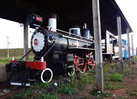 Preserved Baldwin 4-6-0 ''Ten-Wheeler'' RMV by SD40-2