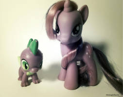 Twilight Sparkle and Spike by MidnightRarity