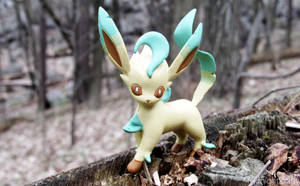 Leafeon by MidnightRarity