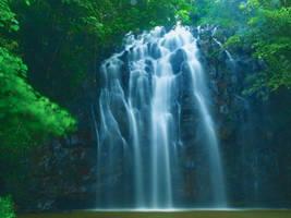 Ellinjaa Falls by Aztil