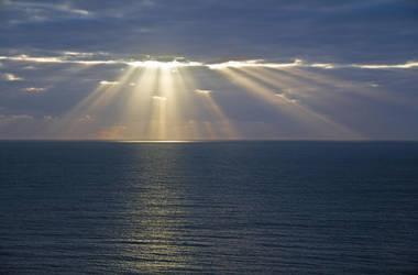Ocean Dawn by Aztil