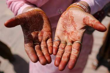 HENNA by fire