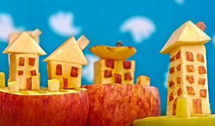 Apple Town II by ErikTjernlund