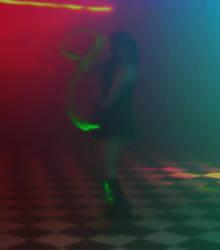 Glow Stick Dance by AeWolf