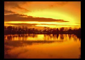 sunset on campus by SchlauesSchatzi
