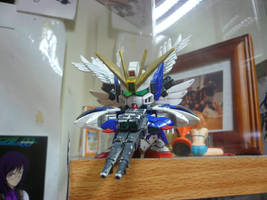 WING GUNDAM ZERO CUSTOM SD by victortky