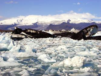 Glacier Lake by KaanaMoonshadow