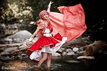 Dancing in the water by Shiya