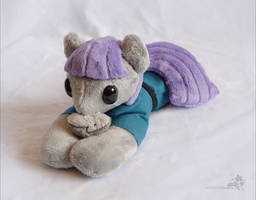 Maud Beanie by HollyIvyDesigns