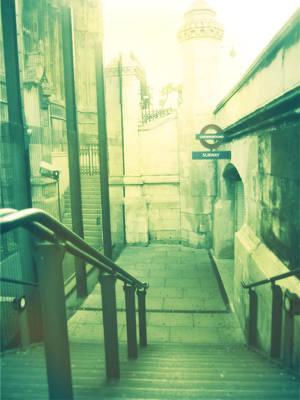 London Calling by Lunera-tyl