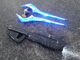 Combat Evolved MA5C with Energy Sword by JohnsonArmsProps