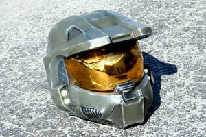 Master Chief Mk V Helmet Replica by JohnsonArmsProps
