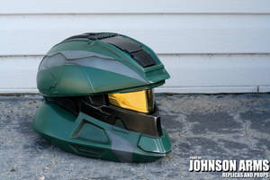 Halo 4 Scout Helmet Replica by JohnsonArmsProps