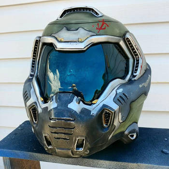 Doomslayer Replica Helmet by JohnsonArmsProps