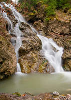 Cascada Ruginosu 4 by lica20