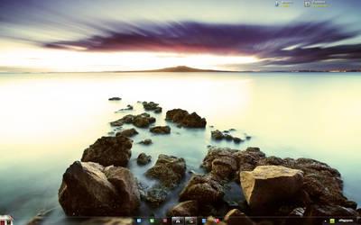 My Dad Desktop by raulcomash