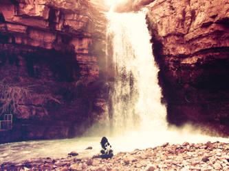 waterfall. by un-etranger