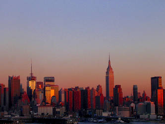 Sunset Reflection on New York by despondentpoplar
