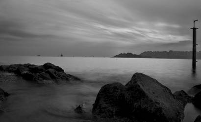 The Hoe B+W by bigfoothazza