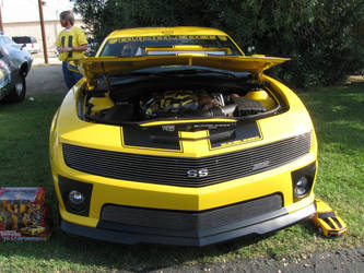 Bumble Bee like car 2 by PeacemakerUta