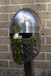 Crusader helm by Tasselhoff88