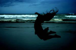 Defying gravity.. by kelc