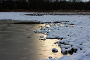 Lake in winter by Hrasulee