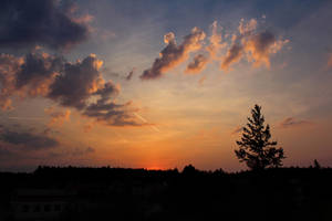 Amazing Sunset With Clouds by Hrasulee
