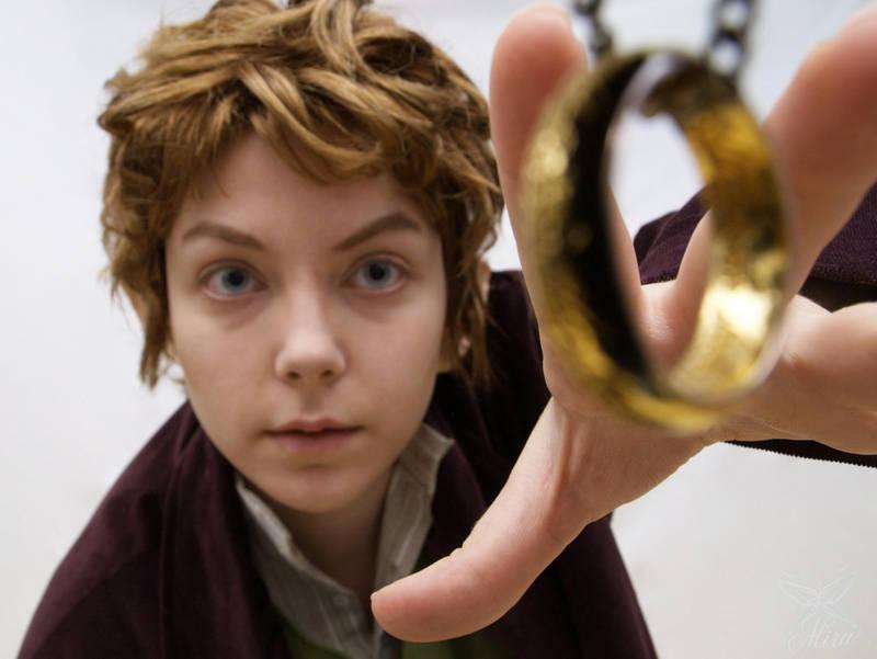 Bilbo Baggins Cosplay by Miru-sama