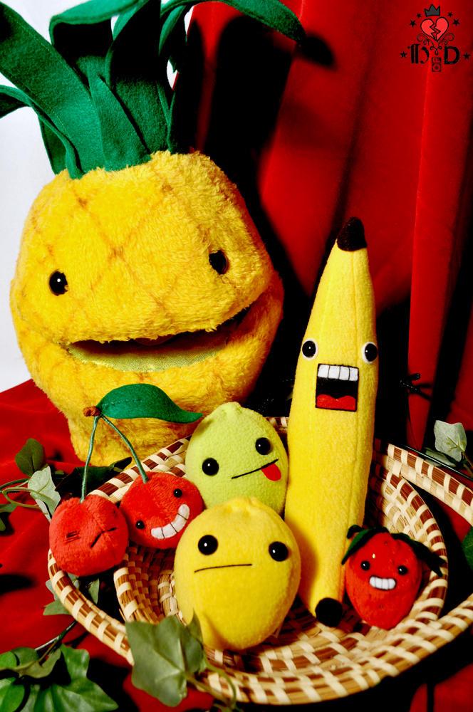 still life with crazed fruit 2 by brokensymphony