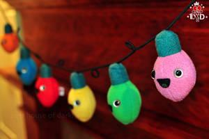 happy C7 bulbs plush Christmas light string by brokensymphony